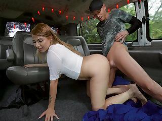 Big booty Latina takes reams
