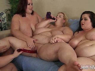 5 fat girls get it on