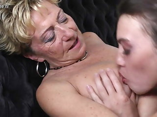 Old lesbian grannies fucked by young lesbians