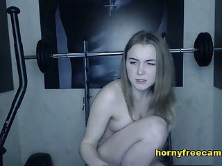 Teen Blonde Toys With Pink Vibrator Webcam Show