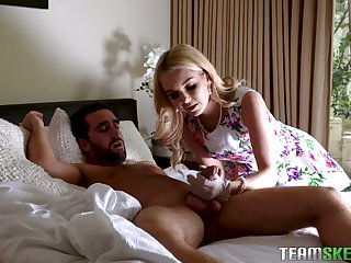 Green eyed blonde beauty Daphne Dare bows to give a solid blowjob