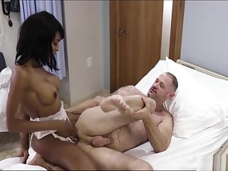 TS nurse Natassia analed her patient