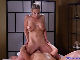 Euro lez girl Nathaly facesits on sexy masseuse Ellen Betsy