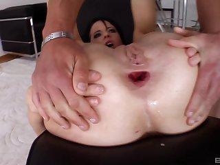Stunning brunette Aliz enjoys hard anal sex with her boyfriend