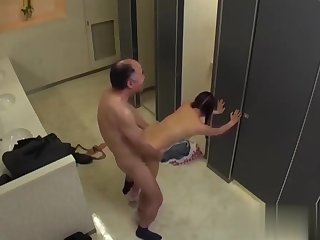 Petite Idol Konishi Marie Caught In The Toilet By Old Guy