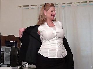 Mature blonde in high heels Maidservant Toyne masturbates solo