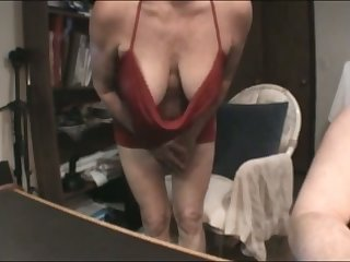 This mature slut has some nice suckable breasts and she is a skillful BJ giver