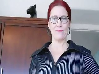 I am so happy be to her fucktoy and this mature whore loves to ride my prick