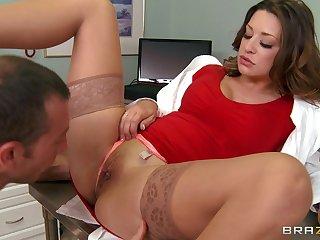 Hardcore fucking on the hospital bed with glamorous doctor Carmen