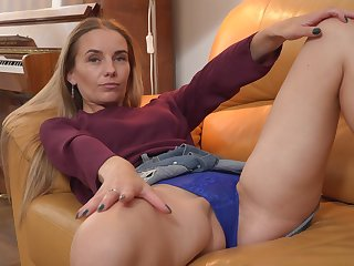 Tall Eastern European vixen loves to please her dick starved hot pussy