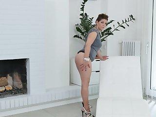Lecherous BBW Nicol masturbates her sex-hungry twat spreading legs wide open