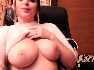 Tgirl Jerks Guy into Mouth on Webcam Free Shemale Porn